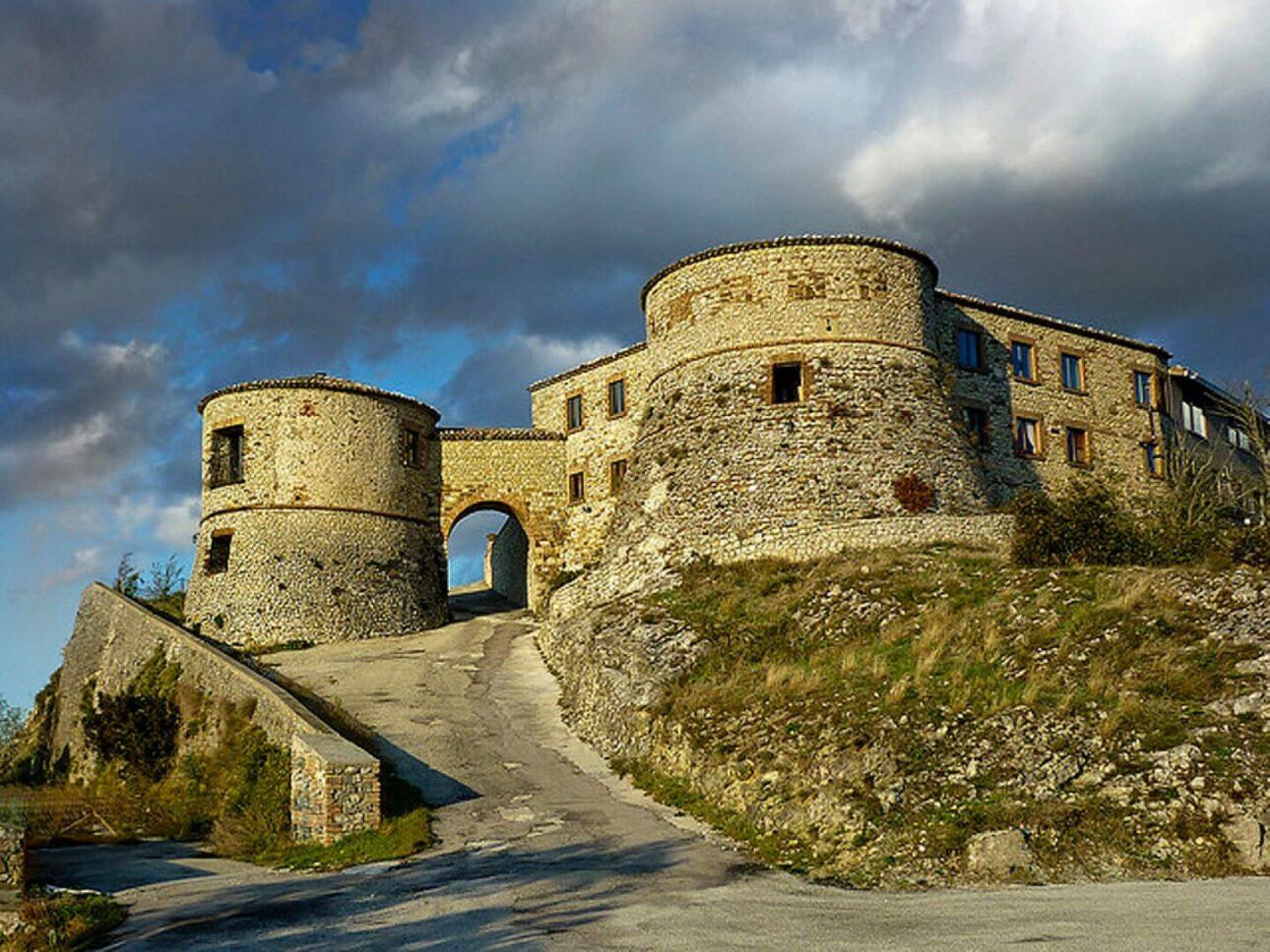 saiano torriana castello montebello