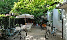 Noleggia e visita Rimini
